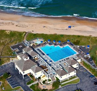 Photo for Located on Beach Rd. / MP 15 Oceanview and Village Beach Club Private Pool