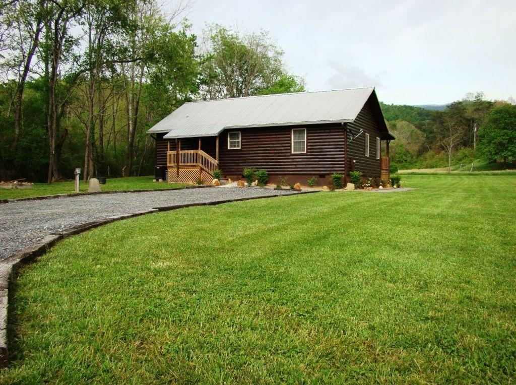 cherokee cabin rentals cabins in the smoky mountains