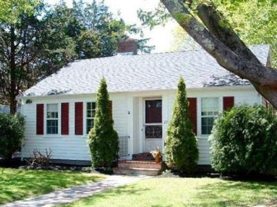 Photo for Downtown-close to Surf Drive beach and harbor - sleeps 6, with fenced yard.