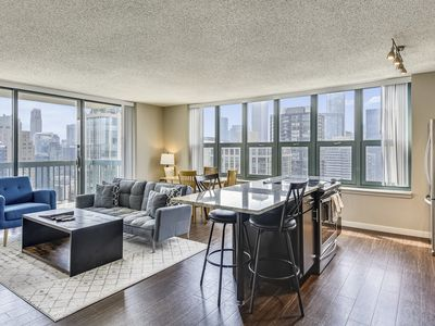 Photo for Stunning River North location w/Amenities