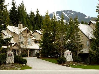 Photo for Luxurious Ski in/out 100% Renovated Townhome with PRIVATE Hot tub!