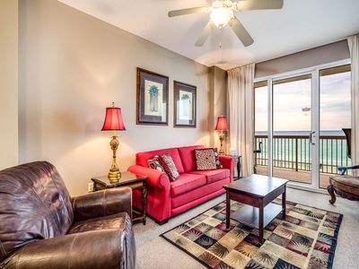 Photo for Inviting sixth-floor gulf-front condo! Washer/dryer in-unit! Gulf-front exercise room and 2 pools!