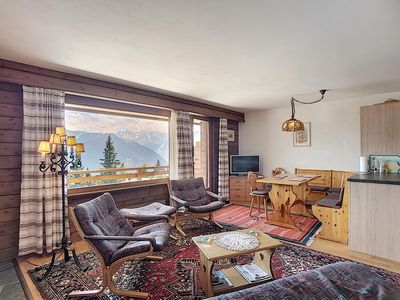 Photo for Very nice 2 piece apartment ideally located on the second floor of a building. Composition: • Liv