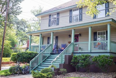 Live like a local in this 6 bedroom vacation house in downtown Greenville SC