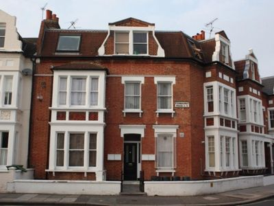 Photo for 1BR House Vacation Rental in London