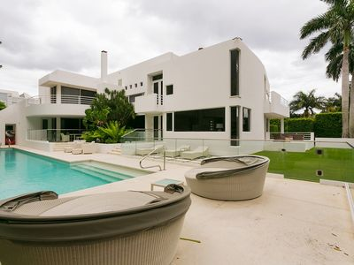 Photo for Beautiful Palm Beach Family Home, Private path to the best beach.
