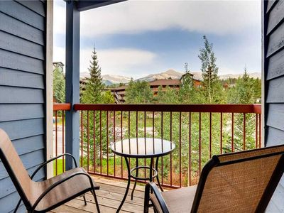 Photo for On-site outdoor pool & hot tub, close to hiking trails