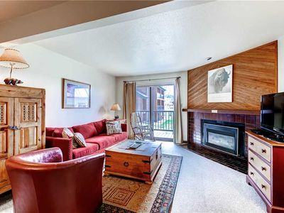 Photo for 1 Bedroom Mountain Condo, Fully Equipped Kitchen & Breakfast Bar