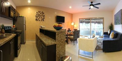 Photo for Bello Village PH - chic penthouse w/ private rooftop jacuzzi.