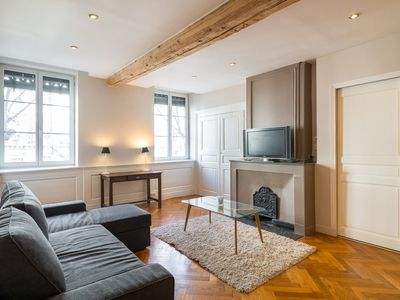 Photo for Appartement Chic and Spacious  6ème - Foch