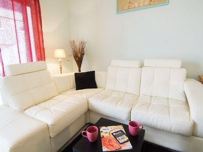 Photo for Beautiful apartment for 6 people with WIFI, TV, balcony, pets allowed and parking