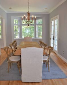 Dining room- seats 10