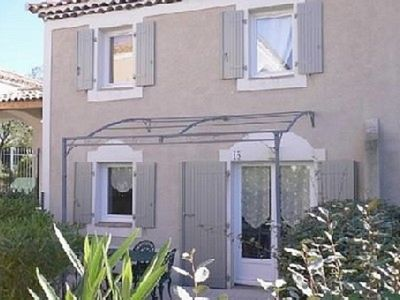 Photo for Charming little bastide in secure residence with swimming pool and parking