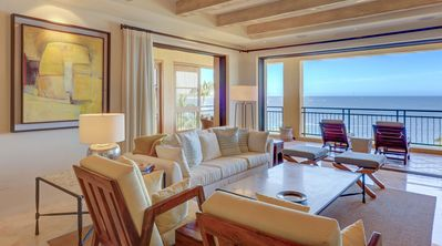 Photo for Contemporary Condo w/ Full Resort Access in a Beachfront Community w/in Walking Distance to Downtown