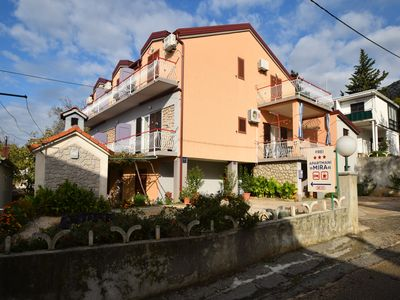 Photo for Spacious apartment for 8-9 people in the center of town