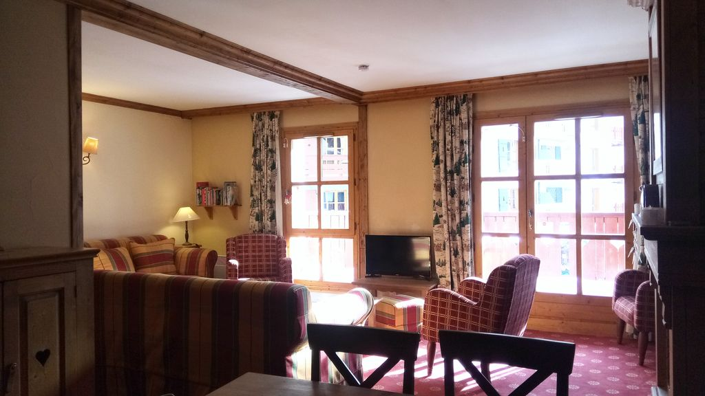 Large Luxury Flat In The Heart Of Arc 1950 A Pedestrian Village Ski In And Out Bourg Saint Maurice