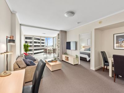Photo for Heart of the CBD ~ 1Bed/1Bath/Balcony/Free Parking