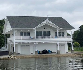 BRAND NEW!!! Crystal Lake Condo - Sleeps 8! (Crystal, MI in Montcalm County)