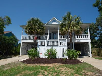 Photo for Sleeps 14!  Open Floor Plan, Extremely Clean Home. Only 2 Blocks to the Beach!