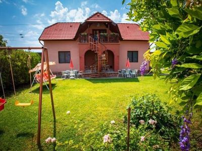Photo for Holiday apartment Balatonboglár for 4 persons with 2 bedrooms - Holiday apartment