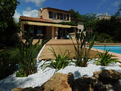 Photo for Quiet villa with pool and air conditioning 5 km from the beaches of Frejus