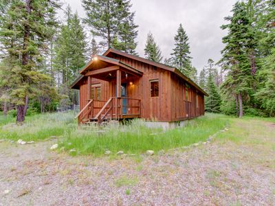 Photo for Charming cabin near Flathead Lake with wood stove and deck!