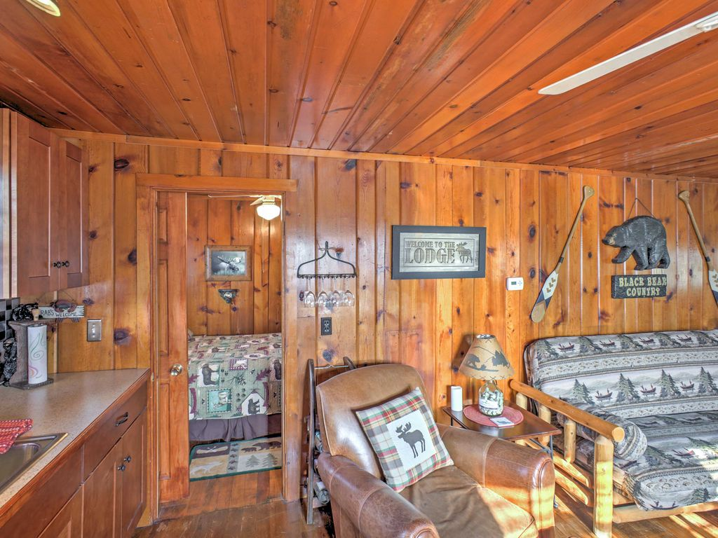New 2br Houghton Lake Cabin Steps From Water Houghton