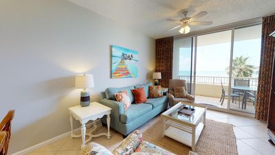 Photo for Low Floor One Bedroom with Gulf Facing Master Bedroom!  Don't Miss Out! Doral 405