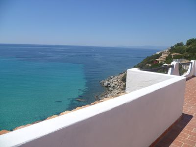Photo for Private Villa with super view and direct access to the sandy beach