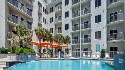 Photo for Beach Front 1 Bedroom @ Galveston Beach Resort - July 4th HOLIDAY WEEK
