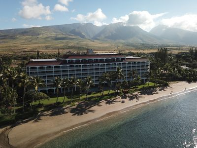 Photo for Walk to Lahaina Towne!! OCEANFRONT Lahaina Shores Resort