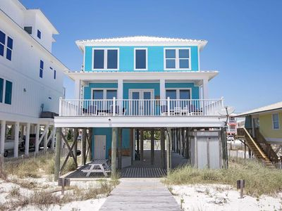 Photo for Big Easy Beach House ~ 6 Bedroom ~ Gulf Front ~ Sleeps 18!