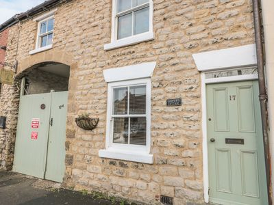 Photo for COOPER'S COTTAGE, pet friendly in Pickering, Ref 12415