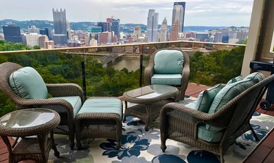 Million dollar view and walking distance to the Incline makes this unmatched.