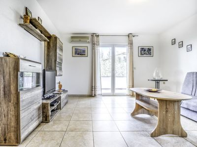 Photo for Vacation home Finida in Umag - 6 persons, 3 bedrooms
