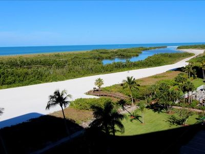 Photo for Marco Island South Seas Tower Condo with Balcony, Beach, Pool and Fitness Facility