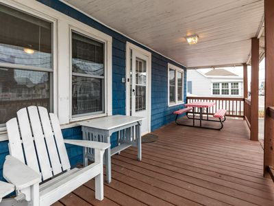 Photo for 5BR Cottage Vacation Rental in Hampton, New Hampshire
