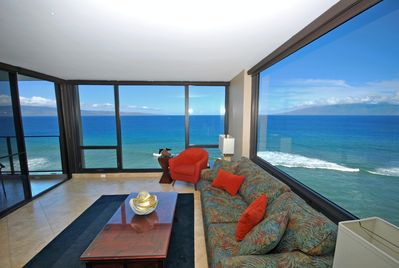 Incredible 270 Degree Oceanfront Views of the Pacific, Molokai and Lanai