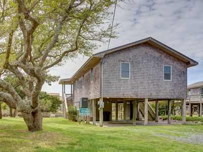 Photo for Steer - Upscale 3 Bedroom Canalfront Home in Frisco
