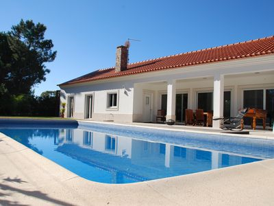 Photo for 4 bedroom villa with garden and pool