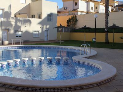 Photo for Spacious 2 bedroom ground floor apartment