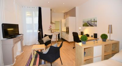 Photo for 1BR Apartment Vacation Rental in Lyon, Ródano