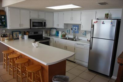 Large Open Kitchen Great for entertaining
