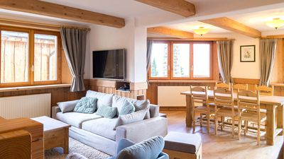 Photo for Apartment in chalet 6-8 people on skis.