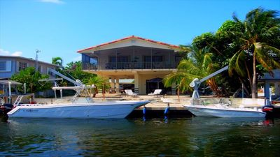 Beautiful Peaceful Home with Dockage ( 5 day or more length of stay available)