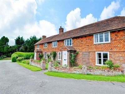 Photo for Vacation home Fairview in Tenterden - 6 persons, 3 bedrooms