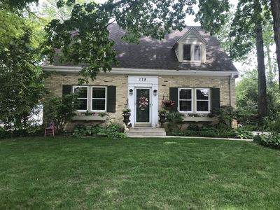Photo for Beautiful home in Milwaukee suburb, easy access to downtown Milwaukee.