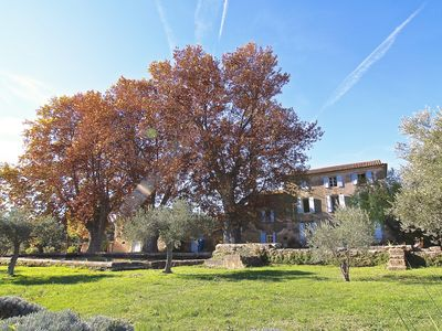 Photo for 5BR House Vacation Rental in Lauris, Provence-Alpes-Côte d'Azur