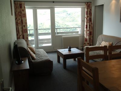 Photo for Renovated apartment 12 pers. comfort center of menuires