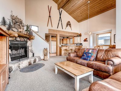 Photo for Well-located townhome w/ private hot tub & wood-burning fireplace!